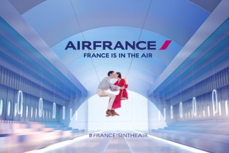 dans-ta-pub-air-france-is-in-the-air-plane-avion-campagne-pub-betc